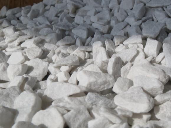 Mramorová drť 9-12mm baleno v pytlích
