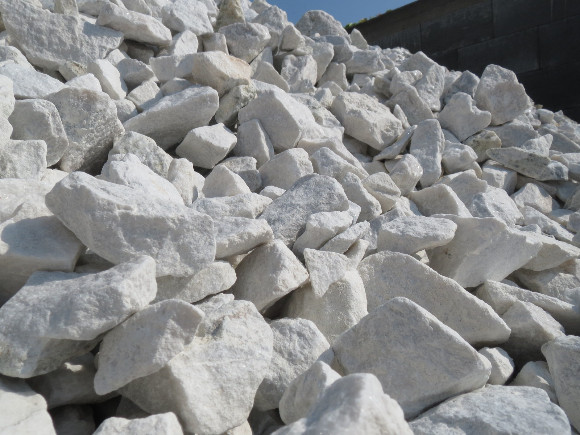 Lomový kámen - čistě bílý 32/63.