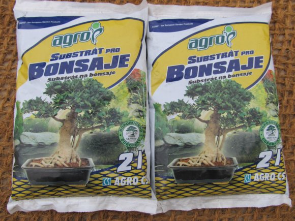 Substráty pro bonsaje