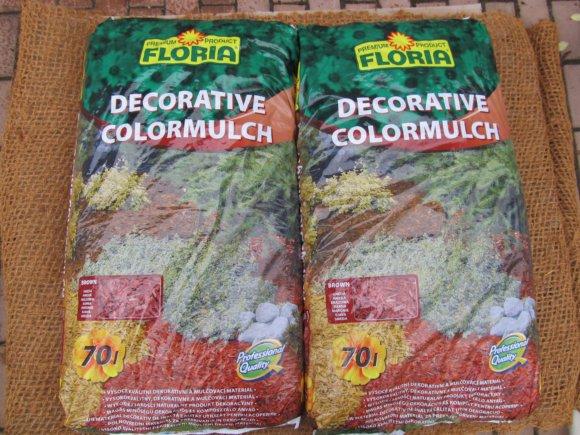 Barevná štěpka (Decorative ColorMulch)